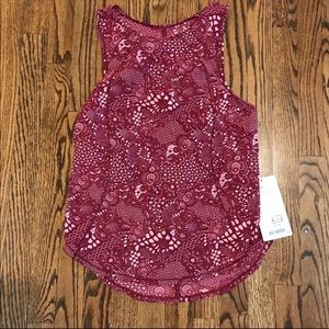 New LULULEMON Sculpt Tank Top Red Pink Floral 4